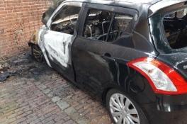 Grave - Getuigen gezocht van brandstichting auto