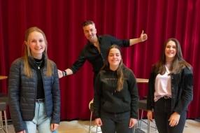 Guido Weijers geeft scholieren les in geluk: 'Niet meer vanzelfsprekend'