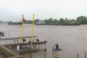 Hoogwaterpiek Cuijk en Grave al bereikt, waterpeil zakt heel langzaam