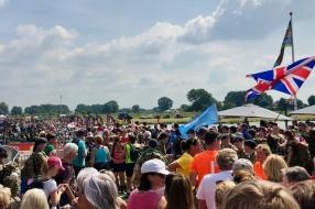 Kijk mee naar de doorkomst van de Vierdaagse in Cuijk