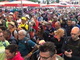 Wandelaars beginnen aan laatste dag in Nijmegen